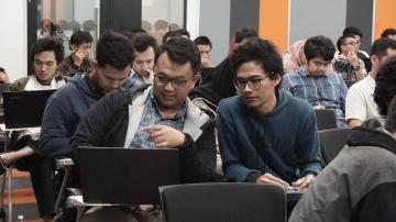 Belajar Coding Online di Rumah? Siapa Takut! Yuk, Siapkan Soft Skill Ini untuk Berkarir Jadi Data Analyst